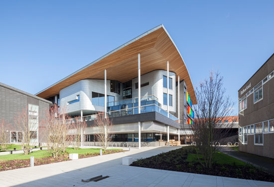 Maxwell Centre opens on Cambridge campus