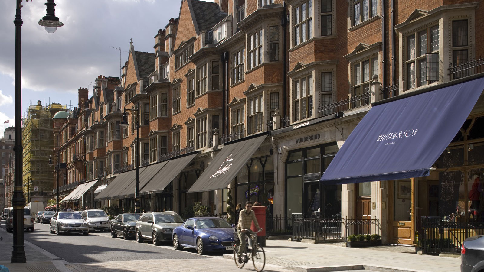 Mount street public realm for The mayfair